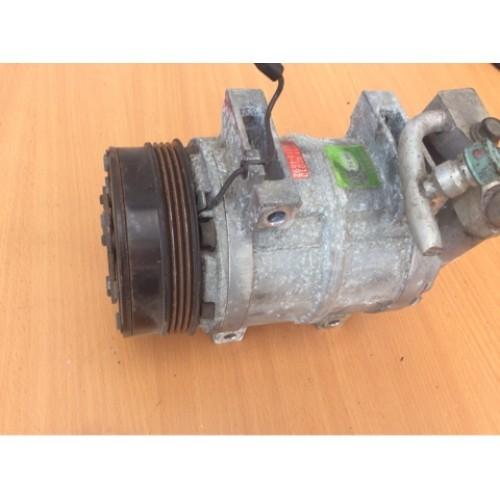 Компрессор системы кондиционирования 2.0 Subaru Legacy II 73111AC01G, 506011-4892, 563B864312