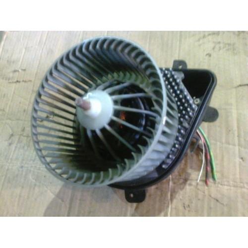Моторчик печки  (9041220837)