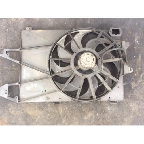 Вентилятор радиатора 2.0 V16 бензин BOSCH (93BB8C607, 93BB8146AE, 0130107277, 93BB8B605BC)