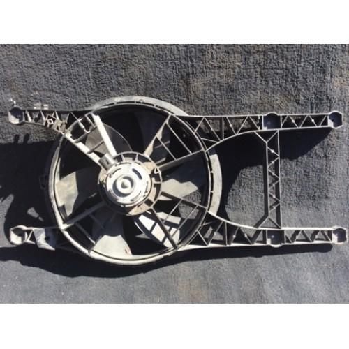 Вентилятор радиатора 2.0 бензин VALEO (834175MC)