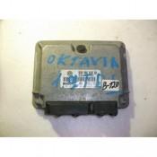 Блок управления двигателем (ЭБУ) 1.9 TDI BOSCH Skoda Octavia 281010181, 038906018GH