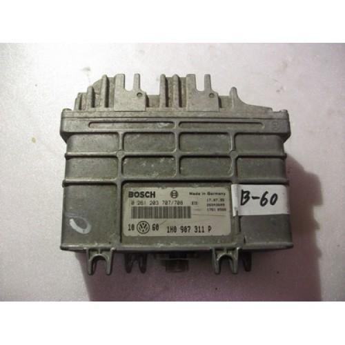 Блок управления двигателем (ЭБУ) 1.8 BOSCH (0261203707/708, 1H0907311P)