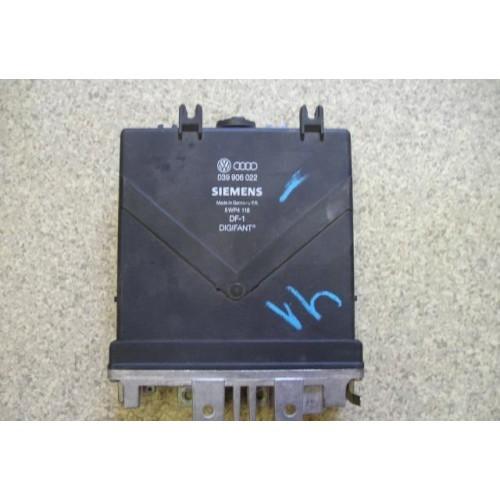 Блок управления двигателем (ЭБУ) 2.0i V8 ABK (039906022)