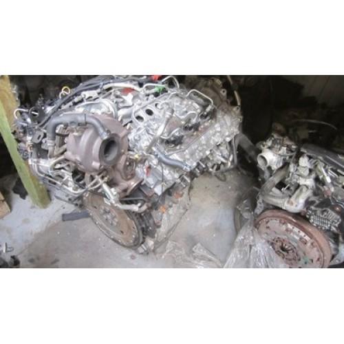 Двигатель (ДВС) 3.0 DCI, V9X891