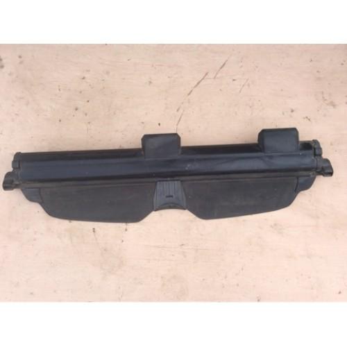 Шторка багажника (роллета)