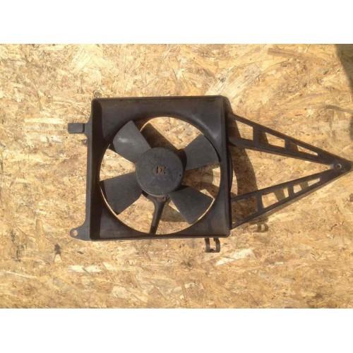 Вентилятор радиатора 1.6 V8 бензин GM (90265780)