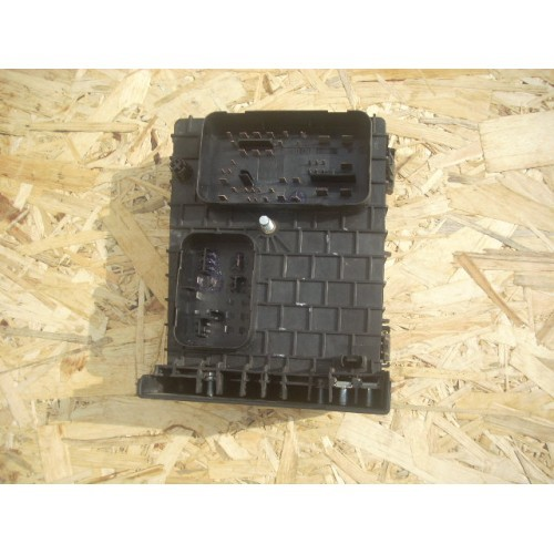 Блок предохранителей BSI 1.9 TDI (1K0937124H)