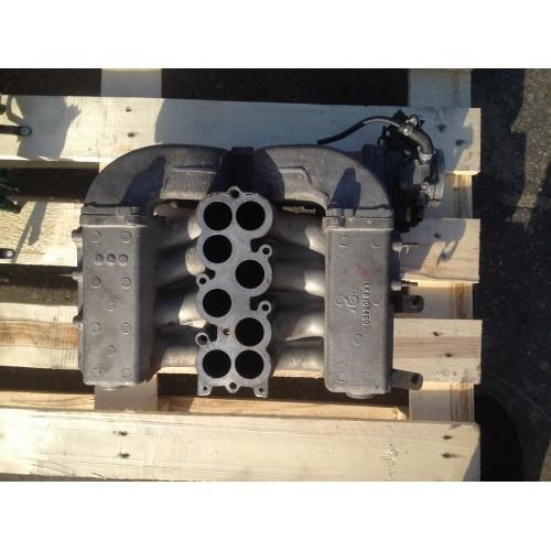 Впускной коллектор 4.0 бензин, V8 (028140532, MHB102202)