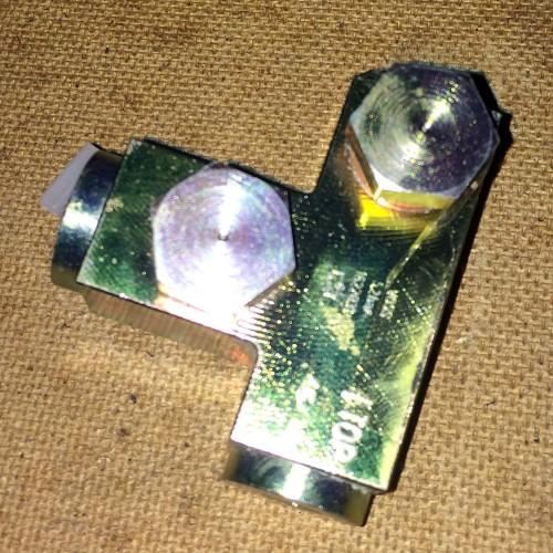 Клапан КПП DAF Прочие 1622831, 569945