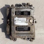 Блок управления двигателем (ЭБУ) 5.9D Tector Iveco EuroCargo 0281010253, 4898111