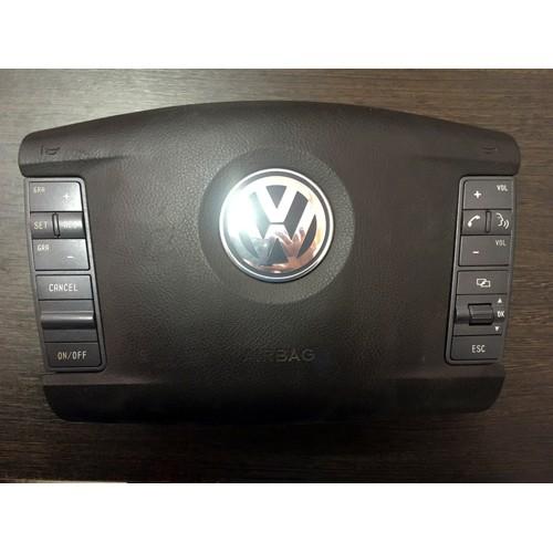 Подушка безопасности Airbag на руле Volkswagen Touareg 3D0880201AB