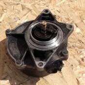 Вакуумный насос 2.5TDI PIERBURG Audi A6 C5 057145100B