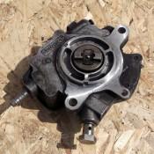 Вакуумный насос 5.0TDI V10 Volkswagen Phaeton, Touareg 07Z127025E