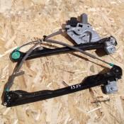 Стеклоподъемник электрический передней левой двери Ford Focus I XS4123201