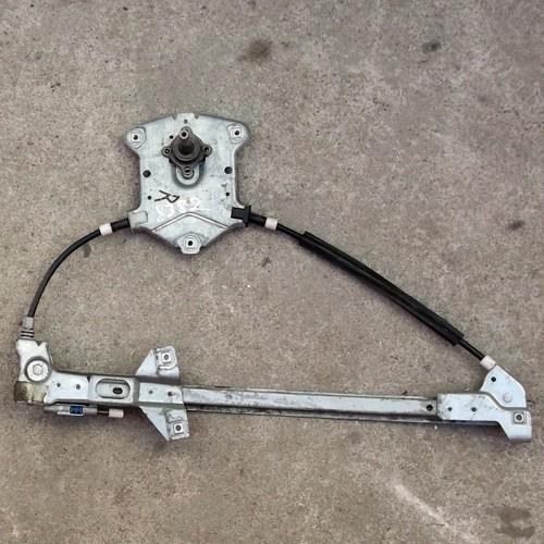 Стеклоподъемник механический передней правой двери Audi 100 C4 4A0837400A