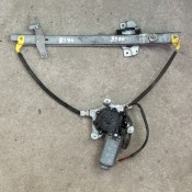 Стеклоподъемник электрический передней правой двери Mazda 323 BJ VI