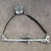 Стеклоподъемник механический передней правой двери Audi 80 B3, 90 893837400