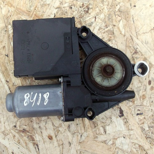 Моторчик стеклоподъемника  (1T0959701, 1K0959793C)