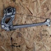 Стеклоподъемник механический задней правой двери Audi 80 B3, 90 893839400