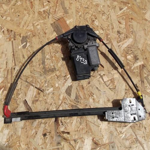 Стеклоподъемник электрический задней правой двери Audi A4 B5 3A0839401H