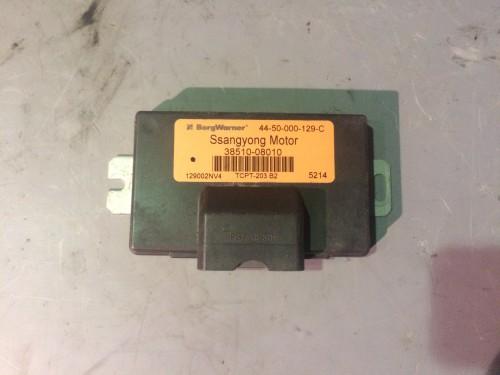 Блоки управления и модули ЭБУ раздаточной коробкой 2.0 Xdi (3851008010, 4450000129C)