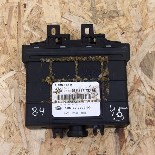 Блок управления коробкой передач  (01P927733AK)