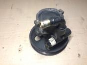 Насос гидроусилителя руля (ГУР) 2.0i, бензин, X20XEV Opel Omega B 90473168