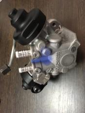 Топливный насос высокого давления (ТНВД) 3.0 TDI, дизель Audi Q7; Volkswagen Touareg; 059130755AG, 0445010613