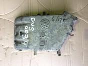 Впускной коллектор 2.0 бензин, 8V, AWG Volkswagen Golf III, Vento 037133223