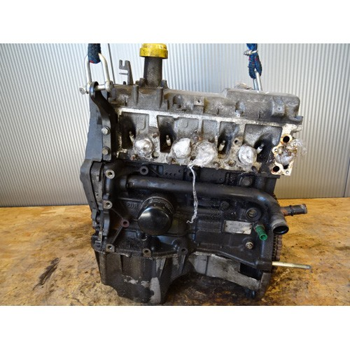 Двигатель (ДВС) 1.6 V8 K7M702
