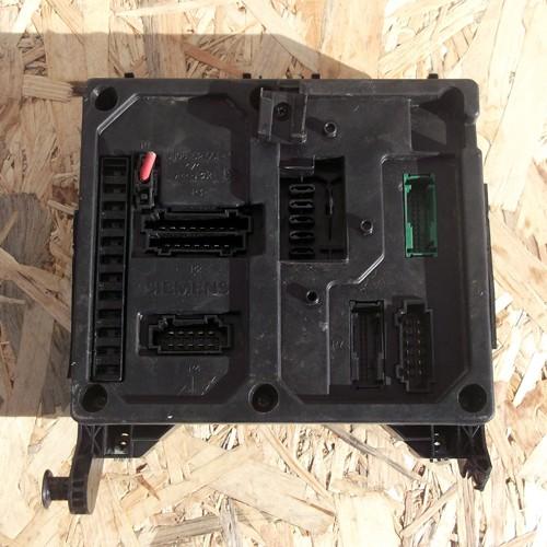 Блок предохранителей BSI  (S110730300D, S108152100D)