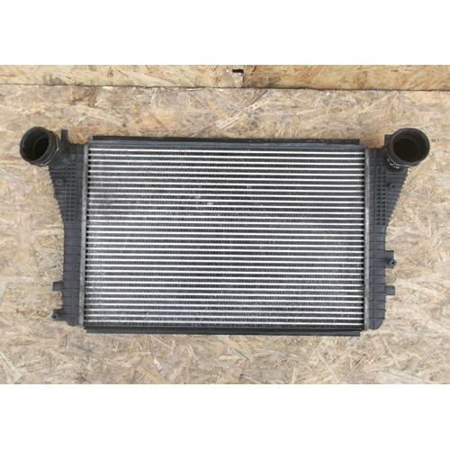 Радиатор охлаждения воздуха (интеркуллер) 2.0TDI (1K0145803A)