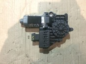 Моторчик стеклоподъемника передней правой двери Opel Astra H 13101481