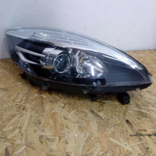 Фара передняя правая VALEO Renault Scenic III 260106928R