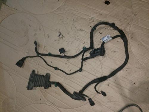 Проводка передней правой двери Volkswagen Golf V 1K0971120AH