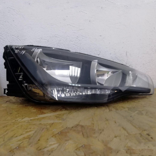 Фара передняя правая Audi A1 8X0941004