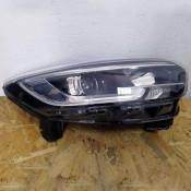 Фара передняя правая Renault Kadjar 26010-1096R