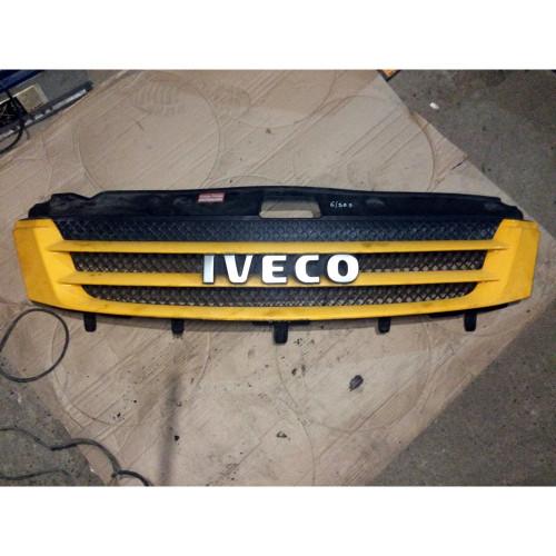 Решетка радиатора Iveco Daily IV 3802801