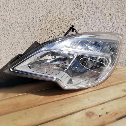 Фара передняя левая Opel Meriva B 13286612