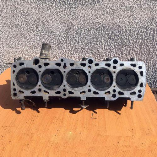 Головка блока цилиндров (ГБЦ) в сборе 1,9 бензин Audi 100 C3 035103373R