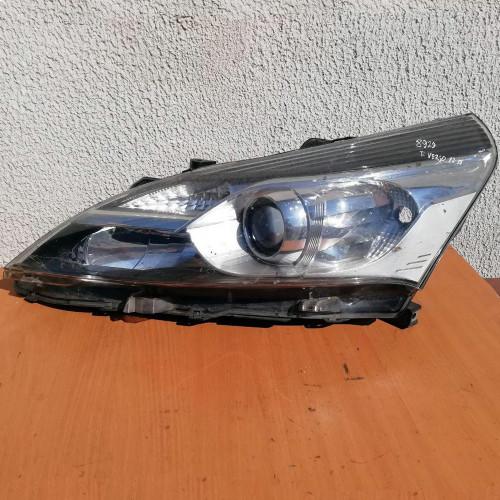 Фара передняя левая Toyota Verso 81150-0F161-00, 811500F16100