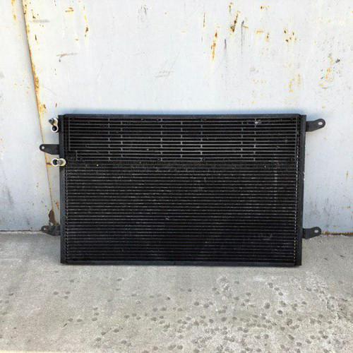 Радиатор кондиционера (конденсатор) 5.0TDI Volkswagen Phaeton 3D0820411E