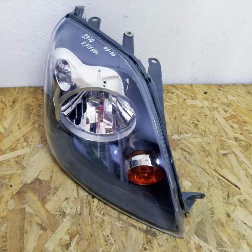 Фара передняя правая Ford Fiesta V TYC 20-A847