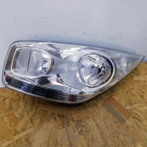 Фара передняя левая Kia Venga 030125760100
