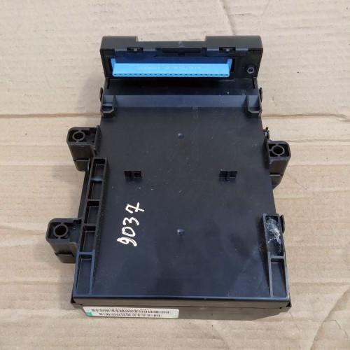 Блок предохранителей BSI 2,5 дизель (P04707996AF, T-BQJ216010461)