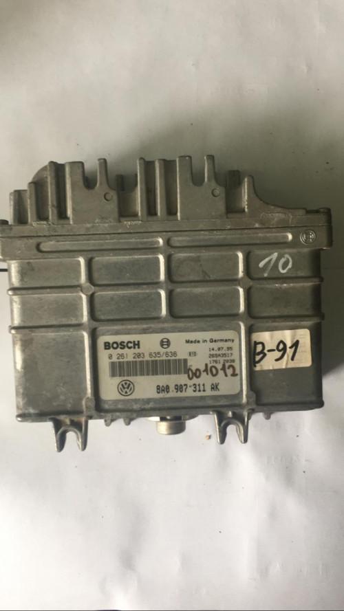 Блок управления двигателем (ЭБУ)  (8A0907311AK Bosch)