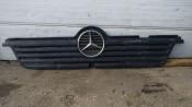 Решетка радиатора Mercedes Atego A9738800185