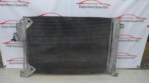 Радиатор охлаждения двигателя Радиатор кондиционера Iveco Stralis E5 41214450