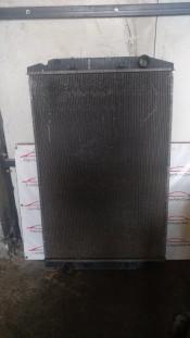 Радиатор охлаждения двигателя Iveco Stralis E5 41214447
