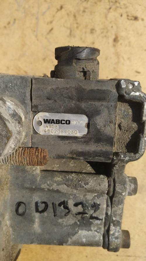 Клапан ускорительный EBS DAF CF 85 4802051030